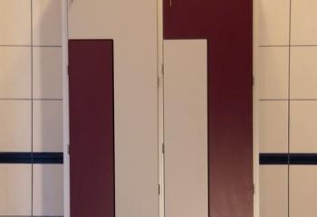 Szafki basenowe HPL fioletowo-białe