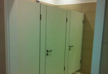 kabiny sanitarne sanipol Typy zabudowy